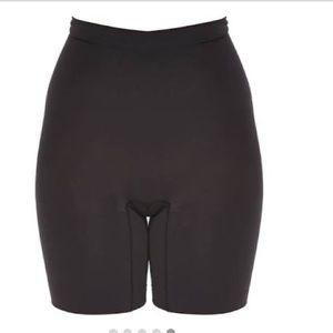 SPANX POWER SHORT Sz M Very Black Shaper Shorts